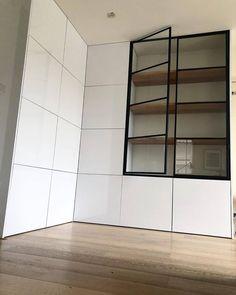 Kitchen Room Design, Home Room Design, Modern Kitchen Design, Home Office Design, Kitchen Interior, House Design, Built In Bar Cabinet, Room Deviders, Glass Kitchen Cabinets