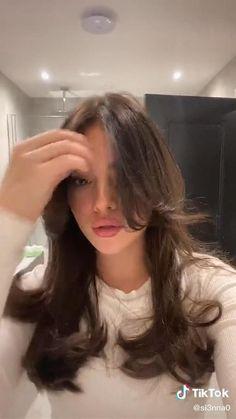 Hair Tips Video, Hair Videos, Hair Inspo, Hair Inspiration, Medium Hair Styles, Curly Hair Styles, Hair Highlights, Hair Streaks, Hair Upstyles