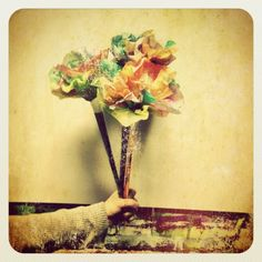 more coffee flowers filters.... perfect for earth day bouquets :)
