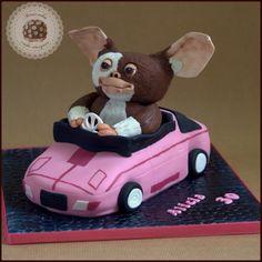 Gizmo cake