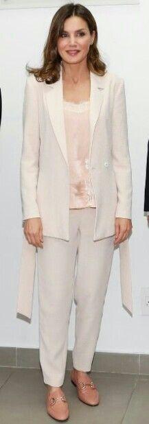 Queen Letizia - Pale pink suit by Intropia - Zara top - Uterqüe loafers