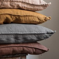 diy or buy: stylish frayed-edge linen pillows - Emilia Fleming Home Interior, Interior And Exterior, Interior Design, Design Interiors, My New Room, My Room, Bedroom Inspo, Bedroom Decor, Design Bedroom
