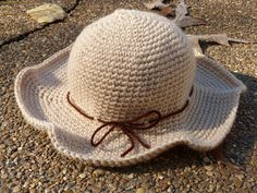 Ravelry: Scarecrow Hat sizes) pattern by Amy Lynn Yarbrough crochet Crochet Fall, Crochet Woman, Knit Crochet, Crochet Ideas, Crochet Projects, Crochet Patterns, Crocheted Hats, Knit Hats, Spider Halloween Costume