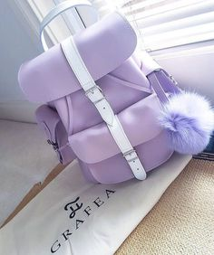 Grafea Viola leather backpack with pom pom www.grafea.com #moda #derisırtçanta #blog #fotograflar