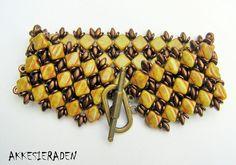 Simply Silky Bracelet by Akke Jonkhof.  Free pattern.