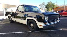 jeeps and trucks Old Dodge Trucks, Dodge Pickup, Old Pickup Trucks, New Trucks, Custom Trucks, Cool Trucks, Dakota Truck, Muscle Truck, Lowrider Trucks
