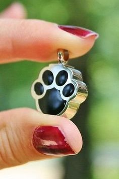 Pet Cremation Jewelry - Pendant Urn for Ashes - Black Paw Print Shape Dog Cat Loss Memorial Gift Dog Jewelry, Charm Jewelry, Pendant Jewelry, Jewelry Ideas, Pet Cremation, Cremation Jewelry, Pet Ashes, Memorial Jewelry, Rose Gold Jewelry