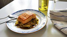 Kombinasjonen av smør og soyasaus gir en utrolig fyldig smak. Det er et velbrukt triks, men det er ingen grunn til å fnyse av triks bare fordi de er velbrukte, synes jeg.