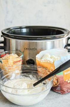 5 ingredient crockpot cheesy potatoes side dish recipe, slow cooker cheesy potatoes recipe, crock pot cheesy potatoes recipes