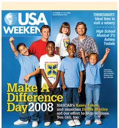 NASCAR's Kasey Kahne and musician Dierks Bentley aid in volunteer efforts in 2008. Just 2 of my favorite men!!!!!