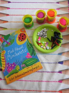 Bring the book Mad about Minibeasts by Giles Andreae and David Wojtowycz alive for kids with this fun invitation to play with play dough. Eyfs Activities, Activities For Kids, Spring Activities, Minibeasts Eyfs, Finger Gym, Funky Fingers, Tuff Tray, Bug Crafts, Very Hungry Caterpillar