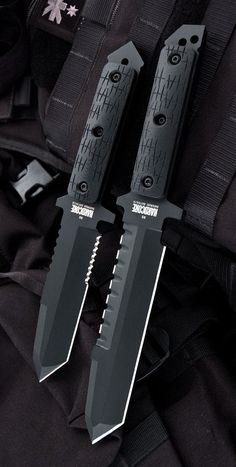 Hardcore Hardware Australia MFK-02G2 Generation 2 Tactical Fixed Survival Knife Blade Black G-10 Black Teflon
