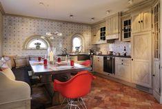 Gaggenau-Küche mit Bohner-Grillplatte & Spülmaschine #Senhoog #Morsum #Sylt Kitchen Island, Home Decor, Cottage House, Island Kitchen, Decoration Home, Room Decor, Interior Decorating