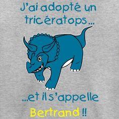 T-shirt enfant 'j'ai adopté un Tricératops''