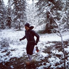 Sébastien Chaigneau Running in the snow #TrailRunning https://www.facebook.com/ChaigneauSeb/photos/a.314672191908932.74821.313962945313190/828707293838750/?type=1&permPage=1