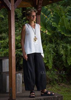 Pantalon d' été en lin noir et top en voile blanc