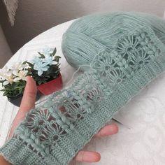 Fingerless Gloves, Arm Warmers, Crochet Projects, Knitting, Crafts, Fashion, Crochet Blankets, Tejidos, Needlepoint