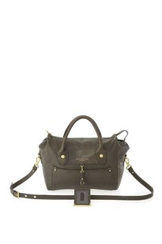 Marc by Marc Jacobs : Preppy Leather Pearl. Def on my wish list!