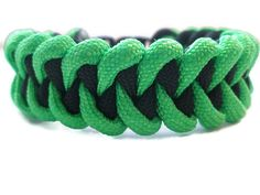 Green and Black Paracord Survival Bracelet Shark by ACORDING2MACEY