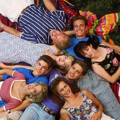 Who better to model 90's style after than the cast of 90210?