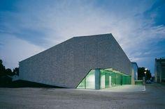 7 Contemporary Building Facades - Inspiration - modlar.com
