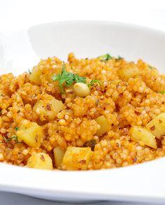 Bonjour et bienvenue dans mon blog cuisine. Les perles de tapioca sont largement utilisées dans la cuisine indienne, on les appelle les Sabudana. Voici une recette pour commencer à introduire ce produit dans votre cuisine. Pour cette recette indienne,...
