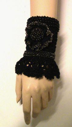 Bracelet boho chic crochetedCrochet Cuff Bracelet by iloveknit