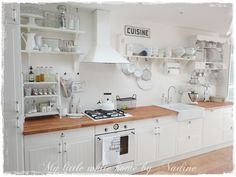 Nadine's Cakes & My little white home