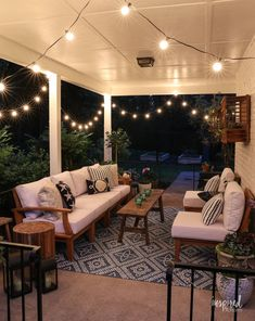 Summer Decorating: Porch and Patio Ideas + VIDEO for Stylish Outdoor Spaces - Summer Porch Decor & Front Door Decor Backyard Patio Designs, Patio Ideas, Yard Landscaping, Backyard Porch Ideas, Lanai Ideas, Pavers Ideas, Landscaping Ideas, Porch Furniture, Rustic Furniture