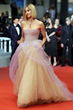 """Sofia Boutella wore a Vera Wang Spring 2019 Bridal lavender + nude tulle gown  to the """"Fahrenheit 451"""" premiere during the 2018 Cannes Film Festival. She's also wearing Bulgari jewelry (I)"""