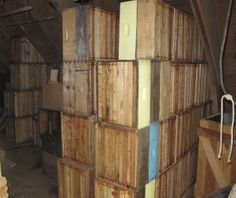 Storing bee hive frames