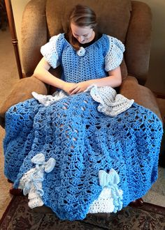 Ravelry: Cinderella Inspired Princess Dress Blanket pattern by Carol L Hladik
