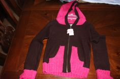 NWT Gnome Super Sweet Girls Sweater SZ L Orig 38.00
