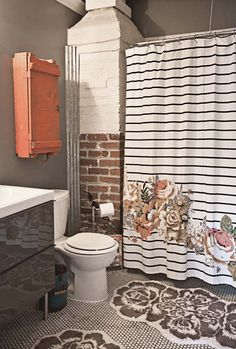 Love this bathroom!  I'm thinking grey and cream and coral for our upstairs bath!