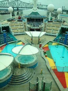 main pool deck, navigator of the seas. @Royal Caribbean International