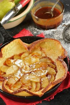 Bourbon Caramel Apple and Pear Dutch Baby Recipe | The Hopeless Housewife