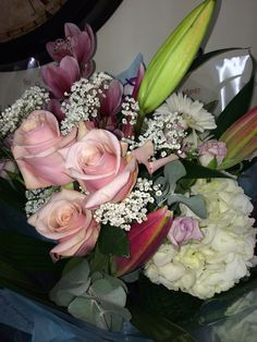 Bouquet of white hydrangea pale pink roses gypsophila  pink Lilly #pennyjohnsonflowers
