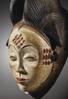 Sumerian Anunnaki Gods Earth Chronicles History, African Colonial Resistance and Afrofuturism Afrique Art, Art Tribal, African Sculptures, Art Premier, Art Sculpture, Masks Art, African Masks, Modern Artists, Ocean Art