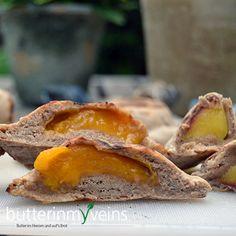 Gegrilltes Obst im Vollkornteig