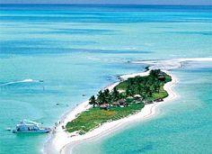 Ilha Coroa do Avião, Pernambuco, Brazil.