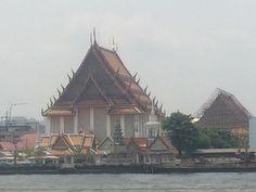 #RiverRide #Thailand #Bangkok #Temple #FloatingMarket #Siteseeing #wanderlust #chasingtheworld #worlderlust #WorldTravel #TravelingTheWorld #asianadventure @monkeypantsla