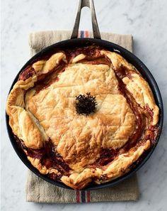 Toen ik in mijn interview met hem vroeg naar het lievelingseten van zijn kinderen, noemde hij onder andere 'pie'. Daarom vond ik het leuk om dit recept op te nemen. Ik zou het woord …