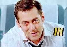 Bigg Boss 8: Salman Khan to 'screw' contestants this time?