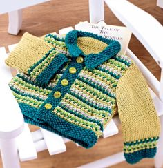 Free pattern Vintage baby cardigan and bootee set