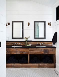 Thick Chunky Reclaimed wood vanity. Farmhouse bathroom with rustic thick wood vanity and shiplap walls. Thick Chunky Reclaimed wood bathroom vanity. Rustic Thick Chunky Reclaimed wood vanity #ThickReclaimedwoodvanity #ChunkyReclaimedwoodvanity #Reclaimedwoodvanity #Farmhousebathroom #rusticwoodvanity #shiplap #shiplapwalls #Reclaimedwood #bathroomvanity #Reclaimedwoodvanity Jennifer Worts Design IncJennifer Worts Design Inc Jennifer Worts Design Inc