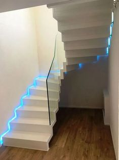 Interesting 20 indoor staircase lighting design ideas for your home 19 Staircase Lighting Ideas, Floating Staircase, Curved Staircase, Interior Stair Railing, Home Stairs Design, House Staircase, Building Stairs, Stairs Architecture, Modern Stairs