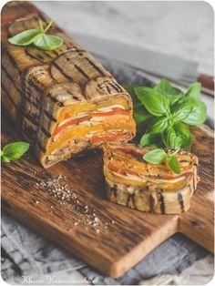Terrine of grilled vegetables - Food and Drink Meat Appetizers, Vegetarian Appetizers, Vegetarian Recipes, Easy Meat Recipes, Vegetable Recipes, Potted Meat Recipe, Vegan Party Food, Eggplant Recipes, Grilled Vegetables