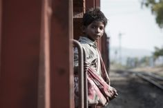 "Sunny Pawar (as a young Saroo Bierley) in the film ""Lion. Corey Feldman, Owen Wilson, Martin Sheen, Abigail Breslin, Pacific Crest Trail, Mel Gibson, Andrew Garfield, Winona Ryder, Bruce Willis"