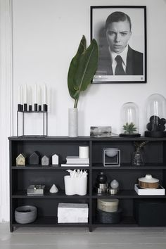 T.D.C | Black painted shelves by Designlykke