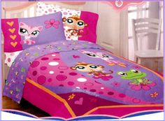 Coolest and the cutest purple girls bedroom design ideas with bedding and decorations. Purple comforter sets and bedroom decorating ideas for teenage girls, toddlers and the college dorm room. Girl Bedroom Designs, Girls Bedroom, Bedroom Decor, Bedrooms, Purple Comforter, Comforter Sets, Lps Pets, Lps Dog, College Dorm Rooms
